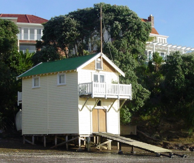 HBCC Boathouse, Sloanes Beach